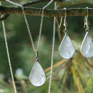 pendientes-y-colgante-energetico-cuarzo-cristal